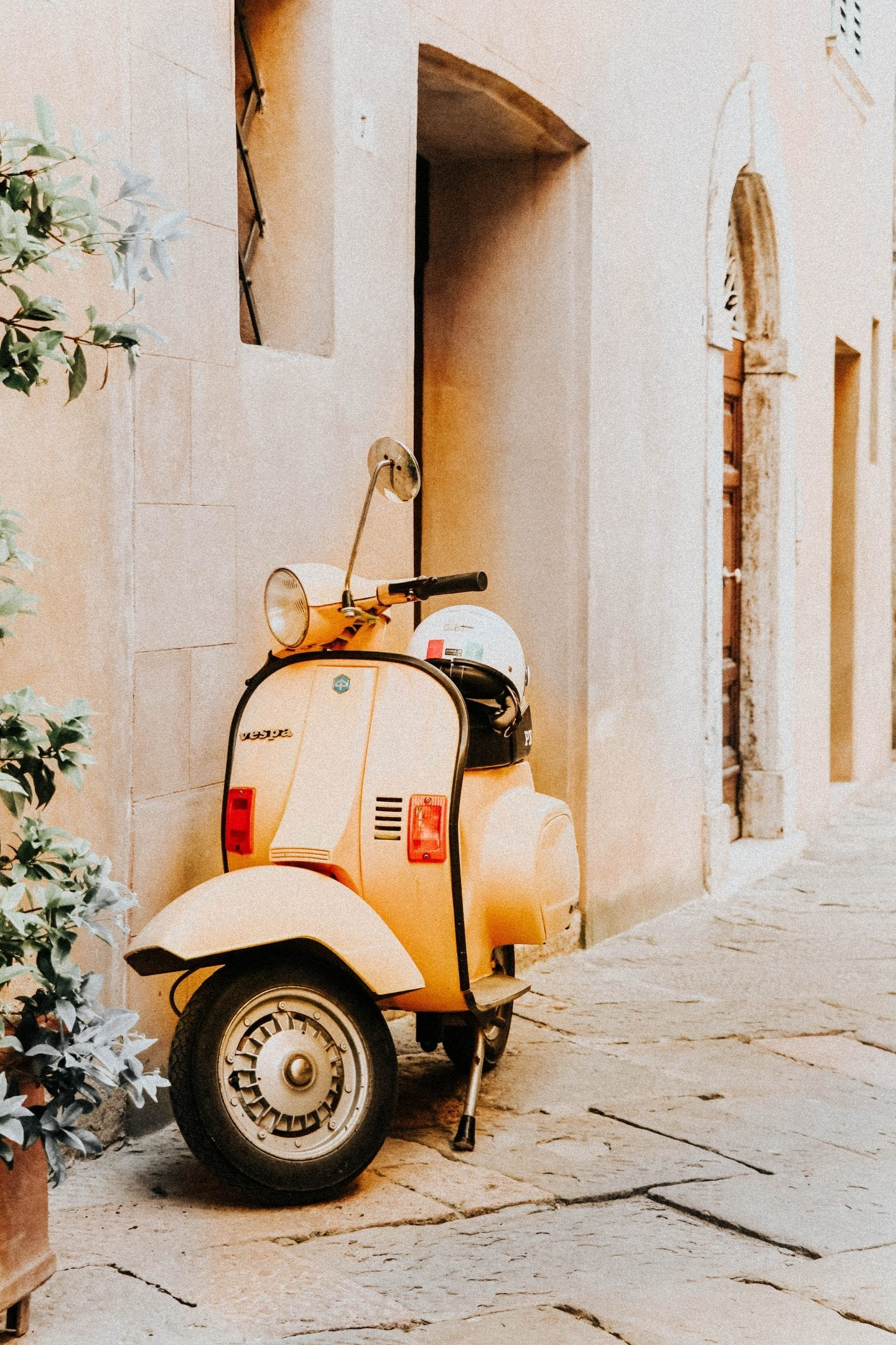 Day Trips from Florence, Italy: 5 Essential Tuscan Towns to Visit
